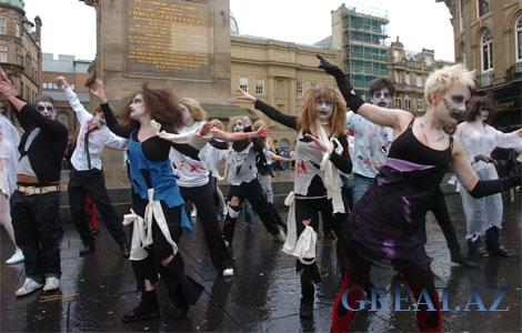 Halloween Thriller Flashmob in Baku 31.10.2010
