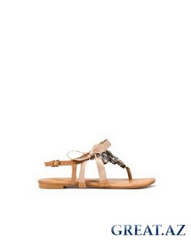 балетки, сандалии, босоножки на высокой платформе, классические туфли.