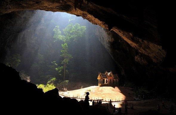 Удивительный мир пещер и тоннелей