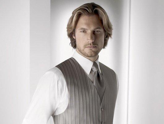 Одежда самого высокого качества мужские жилетки только у нас.