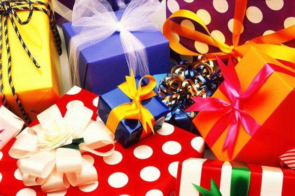 Все все Про Новый 2012 год(Подарки, еда, одежда, елка, отдых)