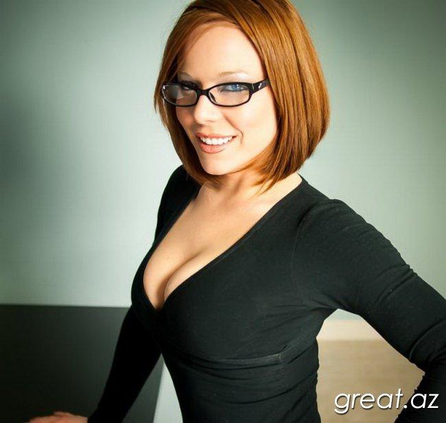 Красивый секс с девушками в очках