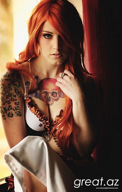 жгучая рыжая девушка