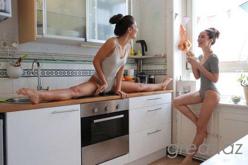 Bu gözəl qızlara dadsız yemək hazırlamaqlarını bağışlamaq olarmı?