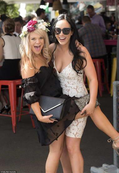 Gözəl avstraliya qızları Foto