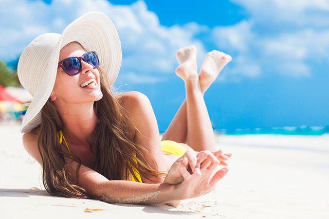 Почему не всем удается загореть и как солнце влияет на кожу