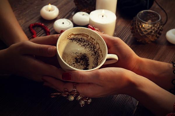 Стоит ли гадать на кофейной гуще
