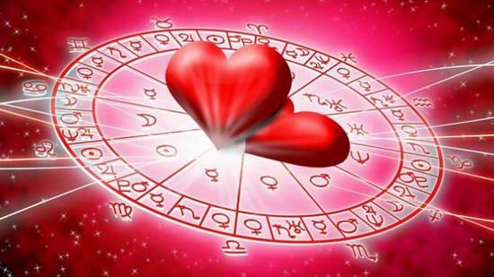 Чего каждый знак Зодиака ждет в День святого Валентина, но никогда вам не расскажет